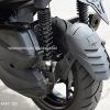 Leon กันดีด Yamaha X-MAX300