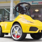 รถขาไถ laferrari aperta ลิขสิทธิ์แท้ สีเหลือง