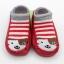 ถุงเท้ารองเท้า มีกันลื่น เนื้อผ้านุ่มนิ่ม สำหรับเด็กวัย 0-2 ปี ลายสุนัขสีแดงริ้ว thumbnail 2